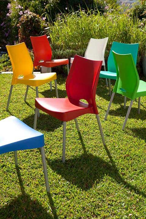 cadeira-plastica-empilhavel-jardim-mb