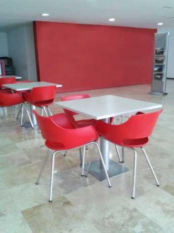 cadeira-plastica-vermelha-fr-2