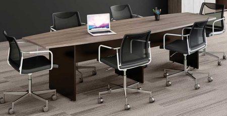 Mesa de Reunião Semi Oval - Cadeiras em Tela