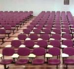 Longarina universitária para auditório AV